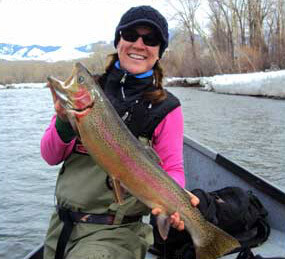 women-steelhead-fishing best time to steelhead fish